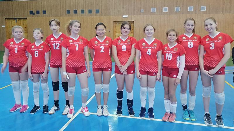 ХХ традиционный Новогодний турнир по волейболу среди команд девушек