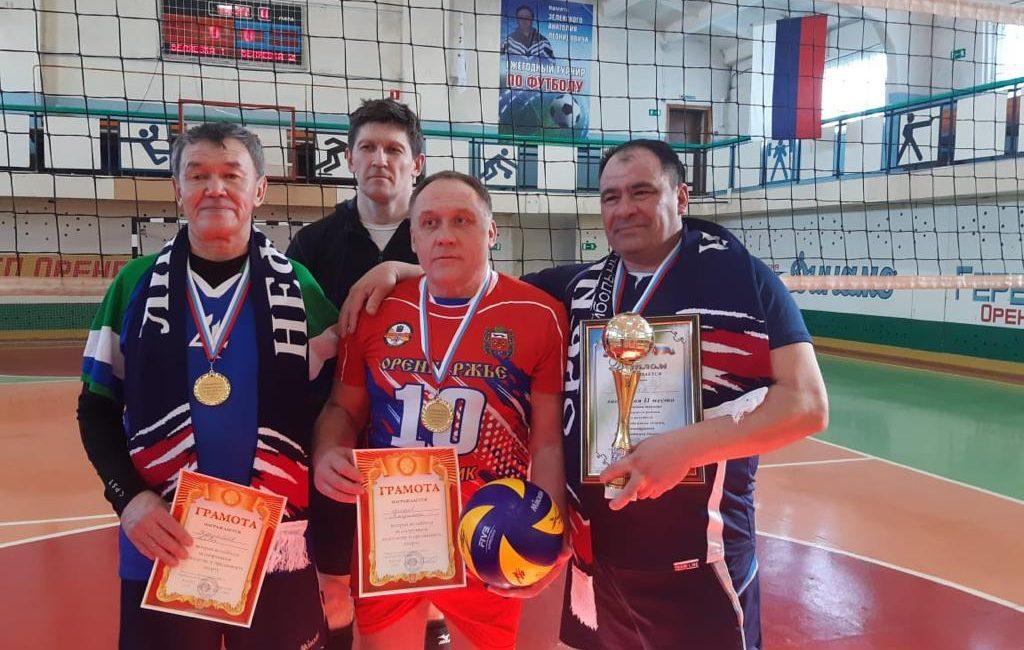 Состоялось открытое первенство ветеранов волейбола Беляевского района