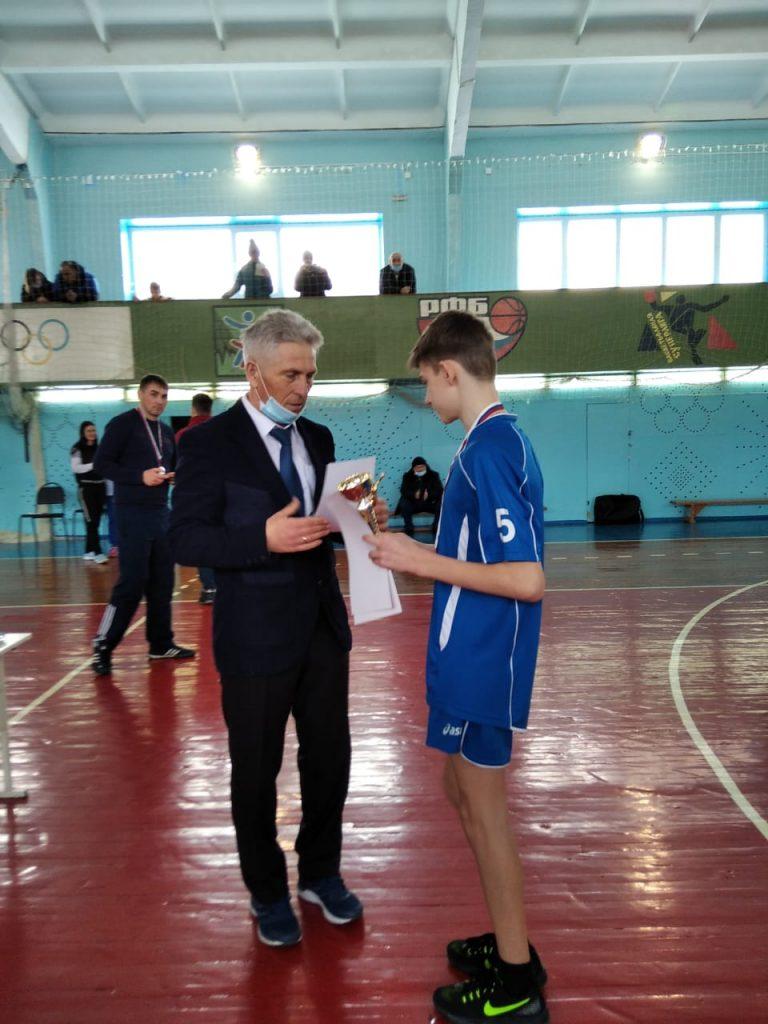 26 февраля 2021г. завершился третий этап открытого XVIII традиционного областного турнира по волейболу среди юношей 05-06 г.р, посвященный памяти В.А. Степанченко