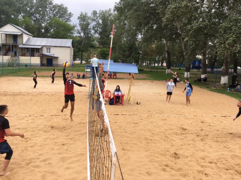 Старт пляжного волейбола в г. Оренбурге
