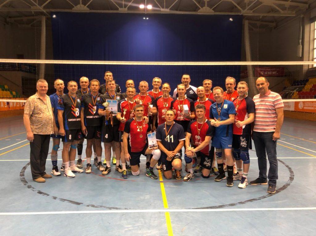 Турнир среди мужских команд ветеранов 50+